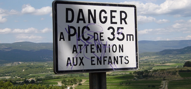 Warnhinweis: attention aux enfants