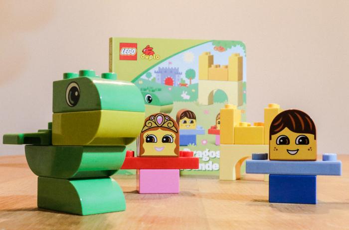 """LEGO: """"Drache Dragos neue Freunde""""_ Foto Copyright: Marko Zlousic"""